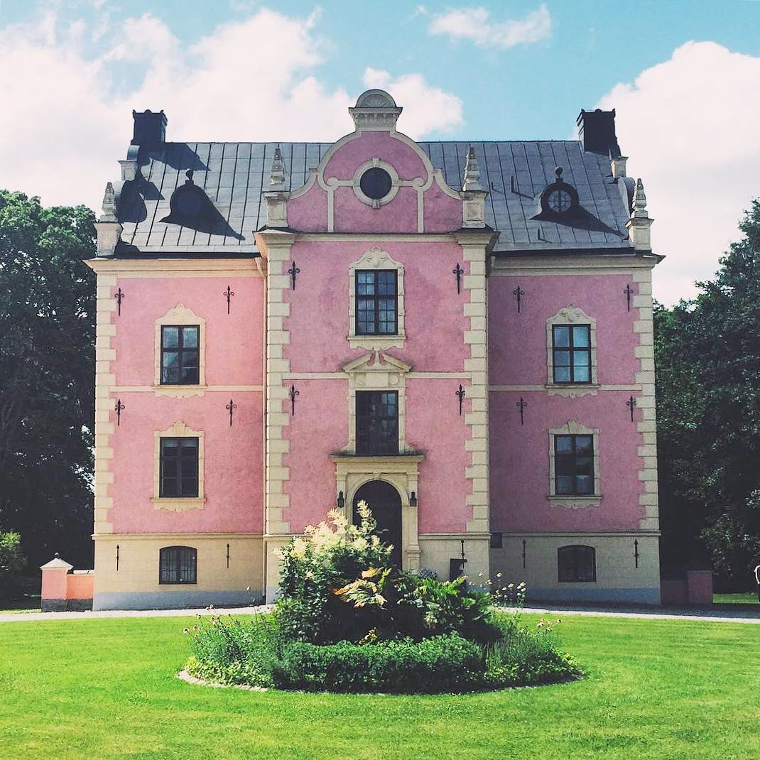 Accidentally Wes Anderson - Skinelaholm Castle